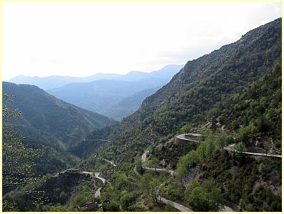 Col de Turini- By Jérémie Forget [Public domain], via Wikimedia Commons