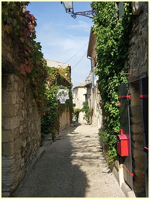 Gasse in Venasque